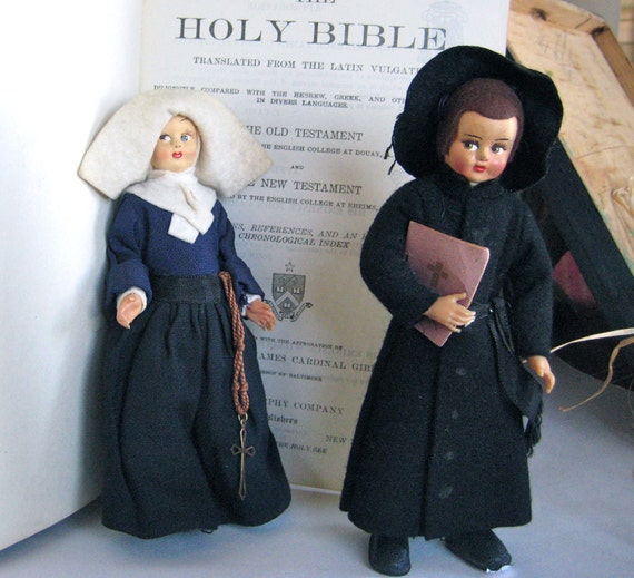 Italian Religious Dolls - Catholic Nun and Monk