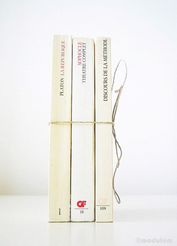 Reserved for CW - Trio intello - Instant French Library Collection, 3 vintage books, book set, white, beige, interior design