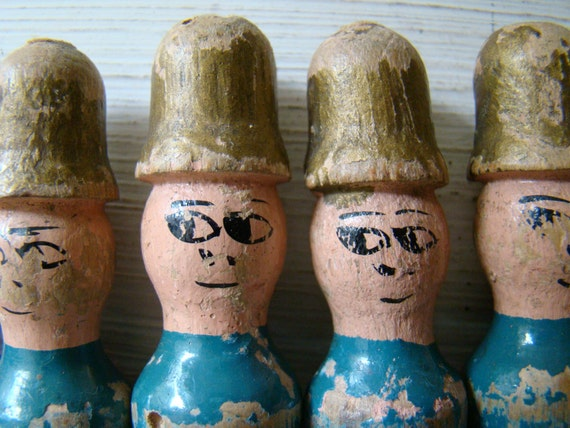 reserved for D - rare vintage french soldiers bowling pins, skittles