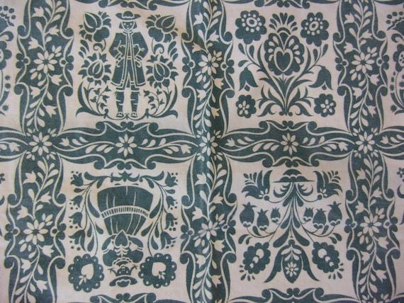 Swedish Style Print Small Tablecloth