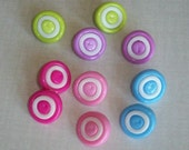 10 - Swirly Round Buttons - Plastic