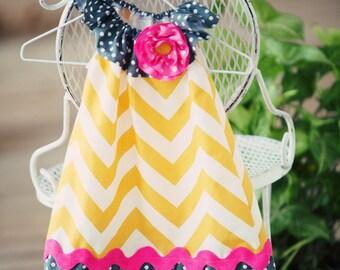 Girls Golden Chevron and Grey Dot Dress Size 12 month-Toddler 5T