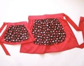 Mother / Daughter Day Apron Set