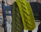 Green Cable Knit Scarf Two Tone