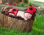 Ladybug Hat and Diaper Cover Set Newborn Photo Prop Baby Boy Girl Sizes Newborn 3 Months