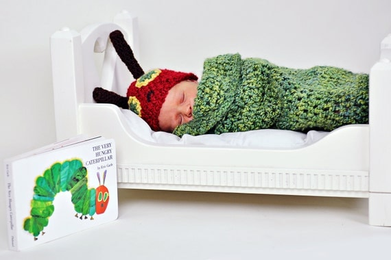 Very Hungry Caterpillar Newborn Cocoon and Hat Set