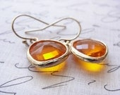 Small orange and gold earrings - tangerine and gold - orange jewelry