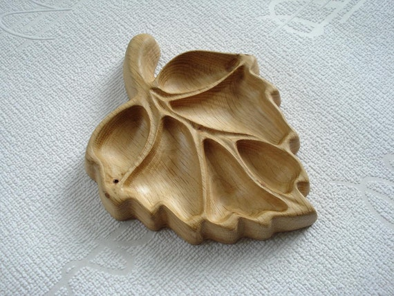"""Wood carved small tray """"Leaf"""""""