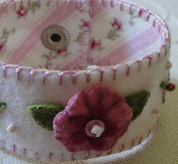 Felt Cuff Bracelet Hand Embroidered Pink/White