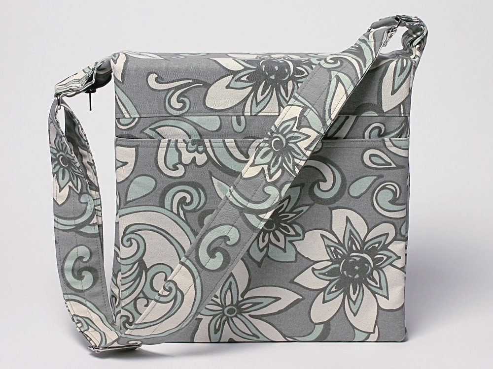 3 inch binder cover with zipper and adjustable strap
