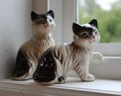 Pair of Vintage Kitty Cat Figurines JAPAN
