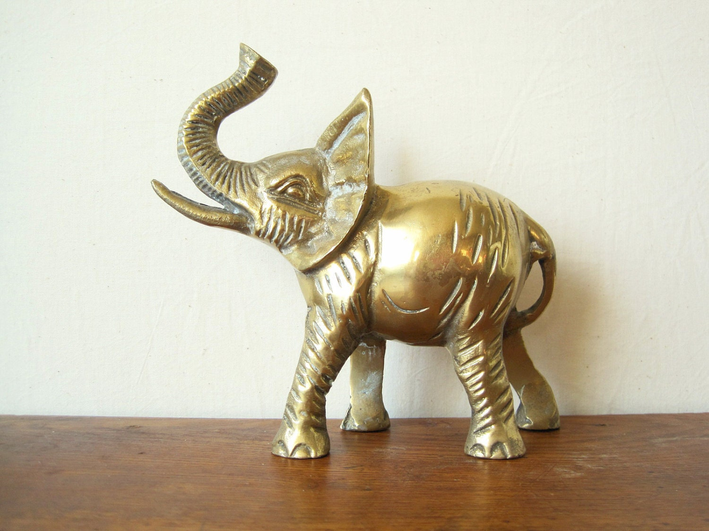 vintage heavy brass elephant figurine. Black Bedroom Furniture Sets. Home Design Ideas
