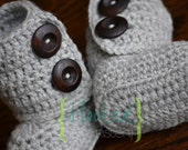 Boots - Wool Baby Boots in 100% superwash merino Wool Sizes 0-12 months with dark wood buttons