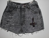 Acid washed high waisted shorts ON SALE