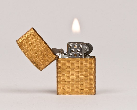 dating zippo lighters Dating your zippo lighter i guess dating zippo lighters is something all collectors know there has been a lot written on dating your zippo lighter.