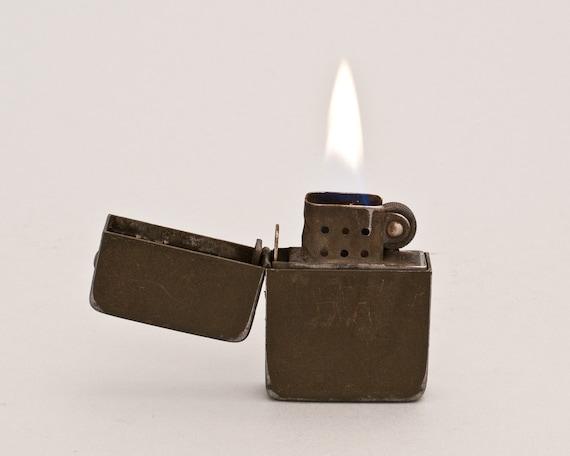 World War 2 Park Sherman Service Lighter With Crackle Finish