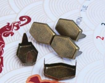 200 14mm x 10mm Antique Brass Hexagon Flat Studs - BHR14