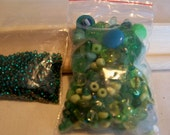 Green button and bead pack