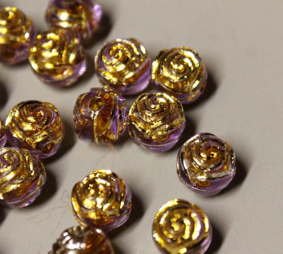 Acrylic Round FLOWER Beads - 8mm - Qty 8 - Light Amethyst with Gold - Ref 1634