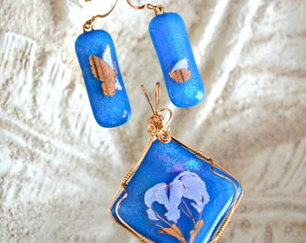 14K Gold filled Wire wrapped blue fused glass pendant and earrings. ON SALE