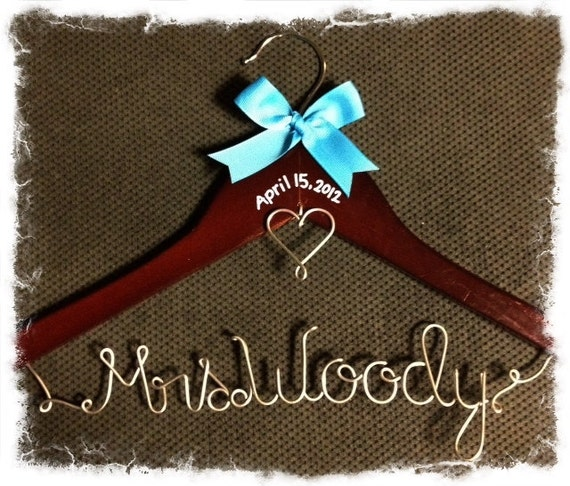Personalized wire wedding dress hanger w date for Personalized wire wedding dress hanger