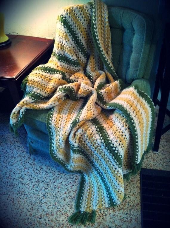 Vintage Mustard and Pea Tassel Blanket