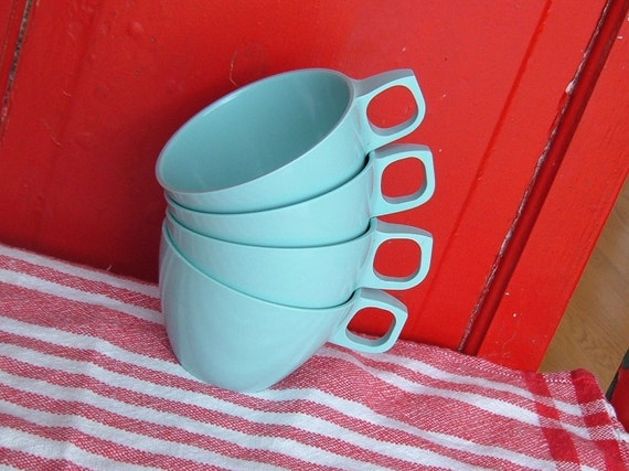 Vintage MALLO WARE Melmac Set Of Four Coffee Cups Robins Egg Blue Tiffany Blue