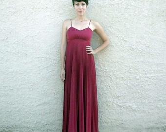 Floor Length Garnet Knife Pleat 1970s Disco Formal Dress - Small / Medium