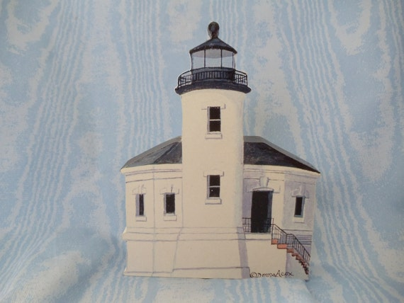 Coquille River Lighthouse wood piece
