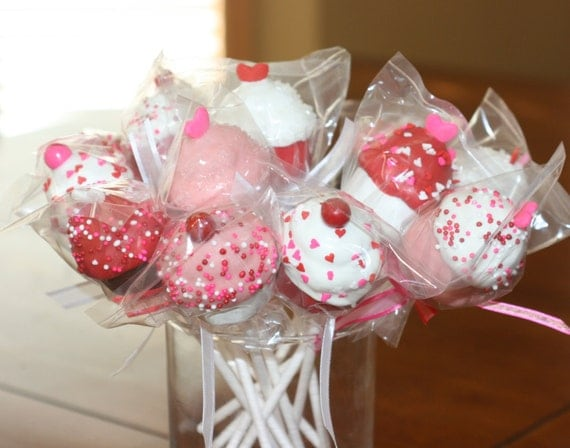 Cake Pop Decorating Ideas Valentines : Valentine Cupcake cake pops by bitesizedelights on Etsy