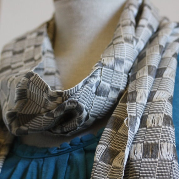 Handwoven Silver and Gray Checkered Scarf - Daw 25