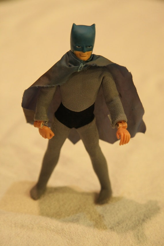 Selling action figures, album figurines - Muscaracom