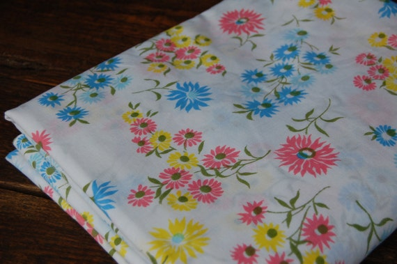 Floral Vintage Full Flat Sheet Linen in Pinks, Blues and Yellows