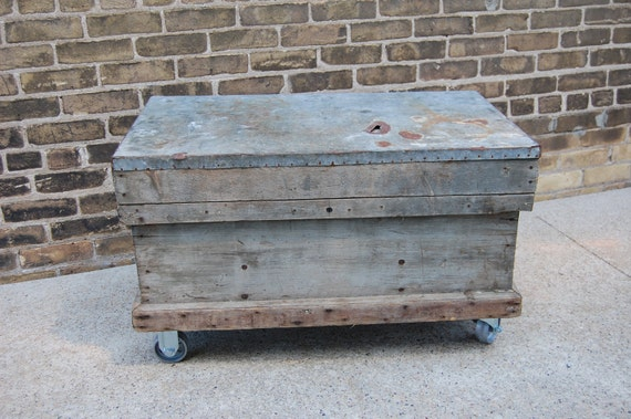 Vintage Carpenters Industrial Toolbox Chest on Casters with Lift out Tray Coffee Table