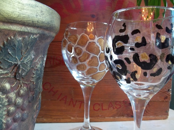 4 ANIMAL PRINT Wine Glasses handpainted zebra leopard giraffe tiger