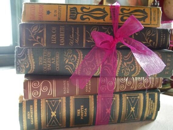 VINTAGE  BOOK BUNDLE Decorative Collection