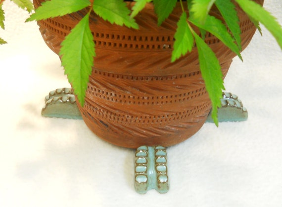 "Ceramic Pot Feet ""Ridged"" Turquoise Glaze set of 4"
