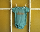 """Sea Blue """"Sleep with the Fishes"""" Onesie - Size: 3-6 months"""