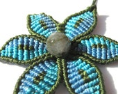 Macrame flower necklace with beads - design it yourself