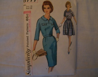 Vintage Dress Pattern,Simplicity 5777, Vintage 60s Dress, Sewing Pattern,  Slim or Full Skirt,  Sz 18 Bust 38, Mad Men