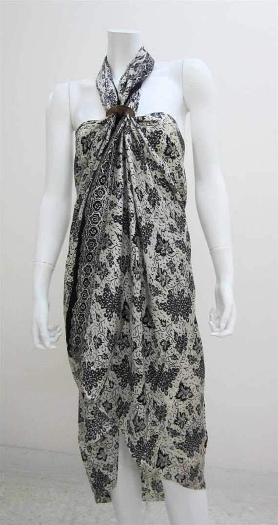Silk Batik Sarong -From the Grapevine on White