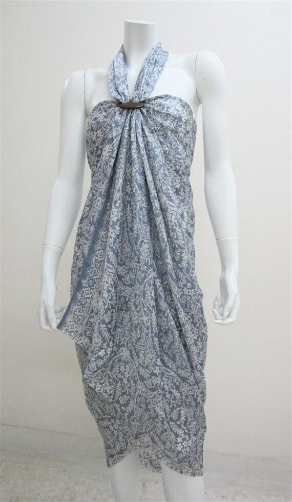 Silk Batik Sarong - Springtime in Light Grey