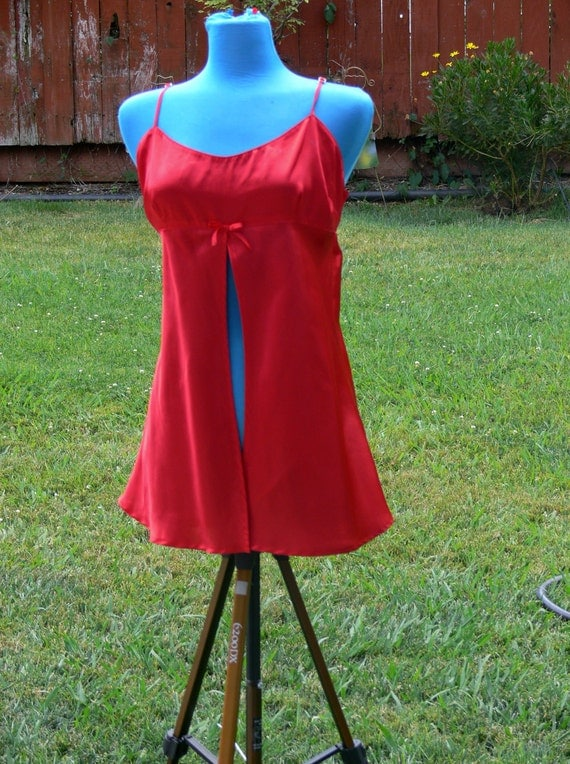 Red   short night gown size med