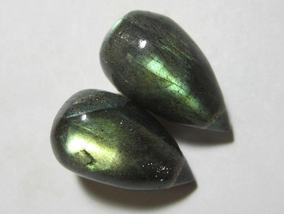 2 Pcs - LABRADORITE, Smooth TearDrop Briolette, Gorgeous Fiery Green Gold Flashes..brides..earrings (15x8.5MM)  - TDL002