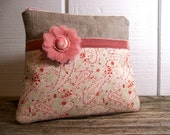 Cute  bag in rose pink / peach and linen with pink zipper and a flower.
