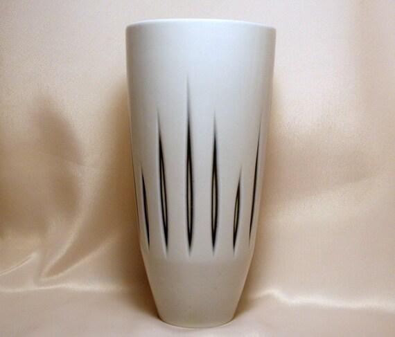 Sgrafo / Modern / German Porcelain Vase / Mid-Century