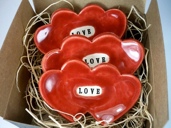 Value Pack, 3 Ring Dishes, Kissing Hearts Stamped with LOVE, Red, Ready to ship