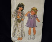 Vintage Uncut Butterick Pattern 3567 Size 3 Child's Dress