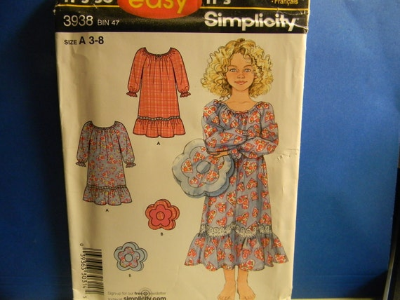 Uncut Out of Print Simplicity Pattern 3938 Size 3-8 Child's Nightgown and Pillow
