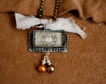 Western charm with pearls and linen ribbon